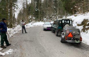 Unfall zwischen zwei Autos in Näfels GL