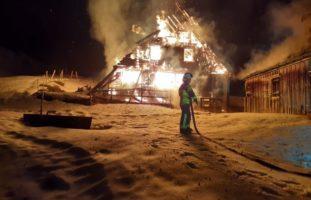 Brand in Weissbad: 90 Feuerwehrleute im Einsatz