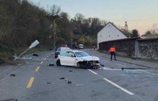 Schönenwerd SO: BMW-Fahrer (20) heftig verunfallt