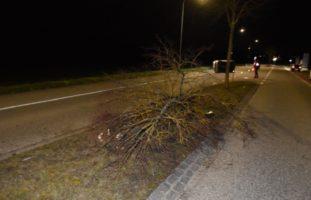 Bei Selbstunfall in Lohn-Ammannsegg mit Fahrzeug überschlagen