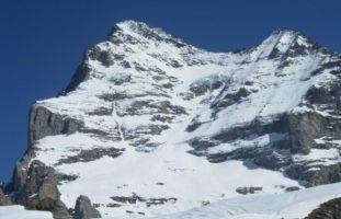 Wengen BE - Bei Skiabfahrt vom Eiger tödlich verunglückt