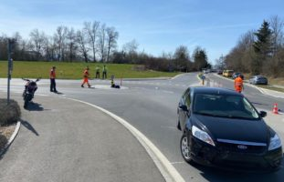 Knonau ZH: 25-Jähriger bei Verkehrsunfall schwer verletzt