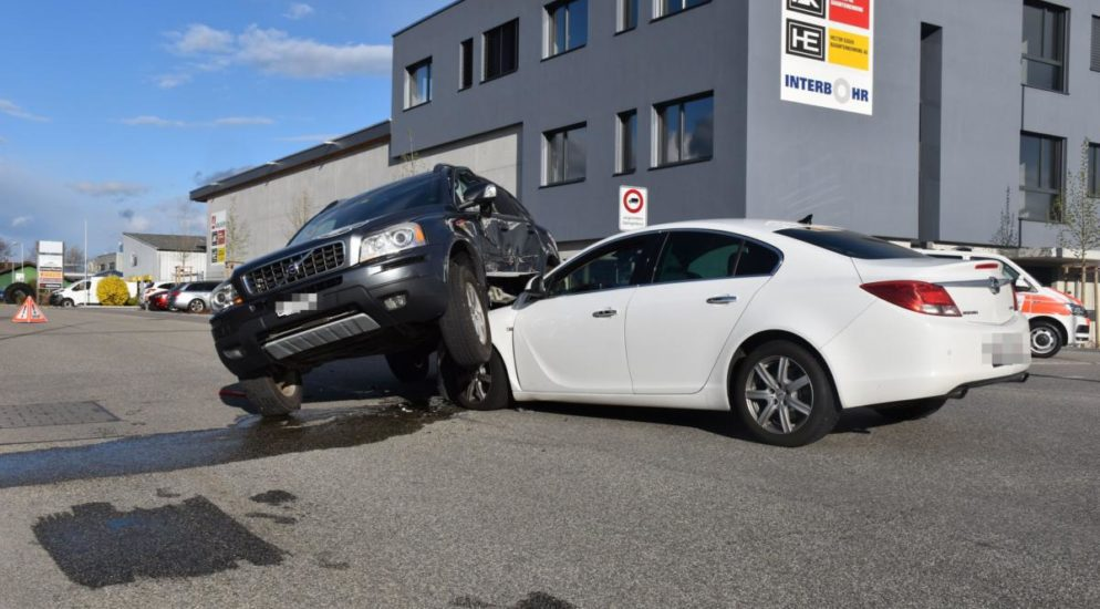 Unfall Rickenbach SO - Kollision zweier Fahrzeuge