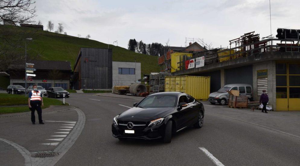 Heiden AR - Kollision zwischen Auto und Velofahrer
