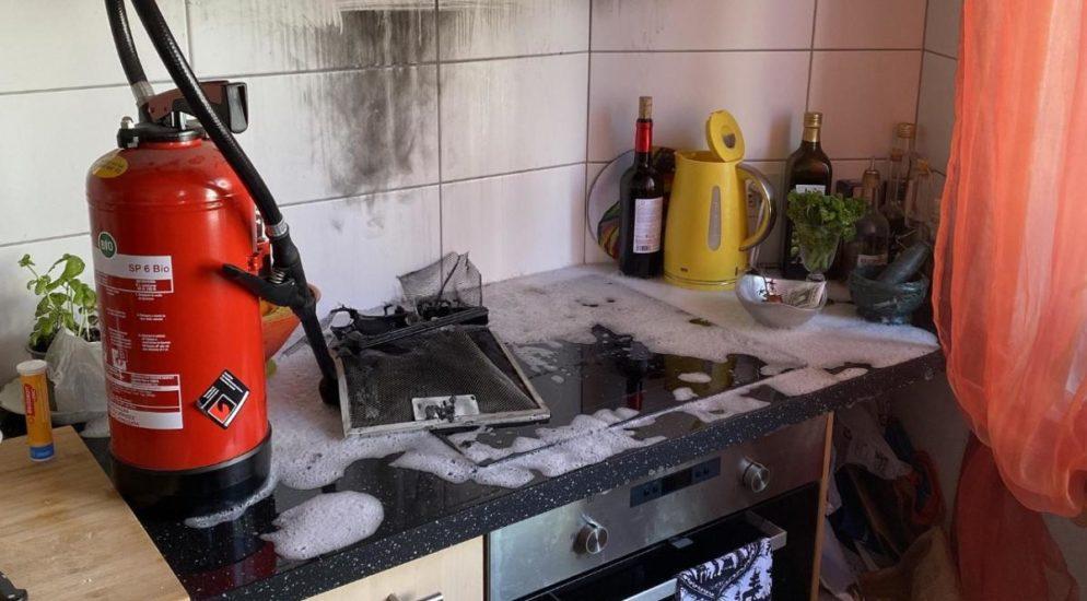 Küchenbrand in Birsfelden erfordert Feuerwehreinsatz