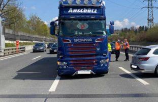 Kollision auf der Autobahn A4 bei Cham