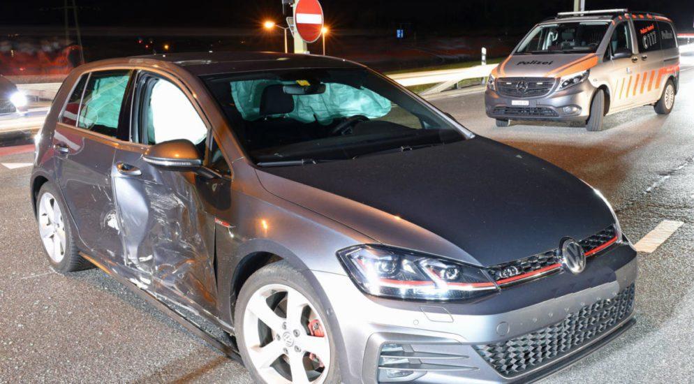 Ebikon - Crash zwischen zwei Autos