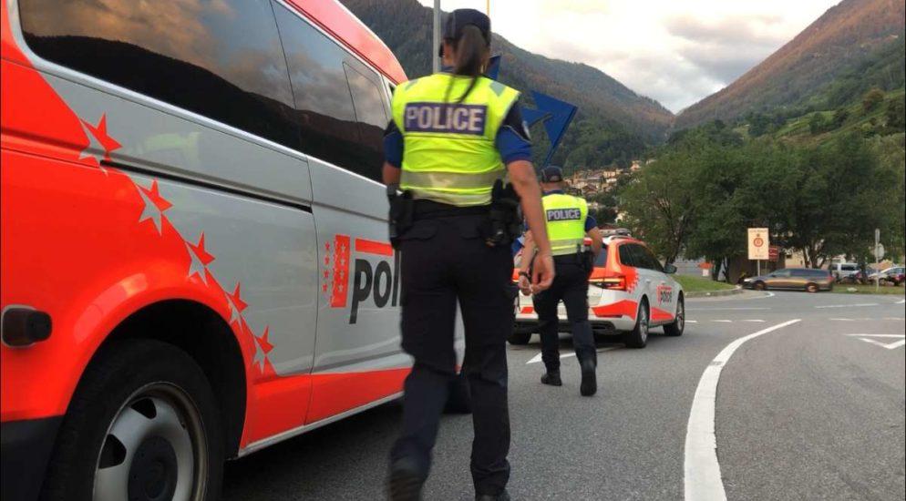 61 Strafanzeigen wegen Bedienen des Handys am Steuer im Kanton Wallis