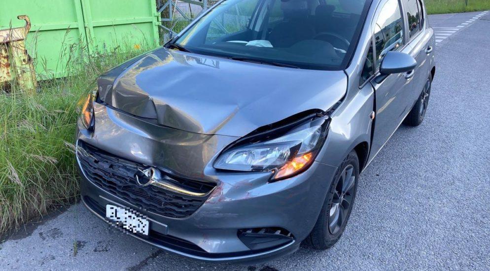 Näfels GL: Verkehrsunfall zwischen zwei Fahrzeugen