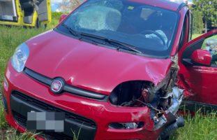 Auf Gegenfahrbahn geraten: Frontalunfall in Aristau AG fordert zwei Verletzte