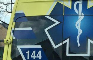 Hergiswil NW: Beifahrerin nach Verkehrsunfall ins Spital gebracht