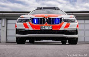 Zuzwil SG - 17-Jähriger flüchtet mit Auto vor Polizei