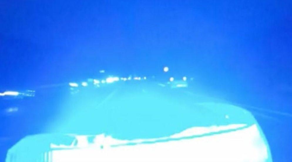 Birsfelden BL - Kontrolle über Fahrzeug verloren und vom Unfallort abgehauen