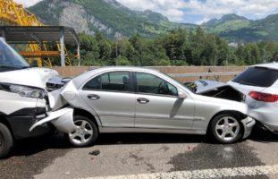 Filzbach GL: Stau wegen Verkehrsunfall auf der A3