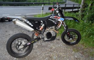 Rehetobel AR: Bei Selbstunfall mit Motorrad in die Tiefe gestürzt