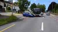 Crash zwischen Bus und PW in Herisau