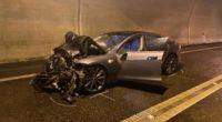 Nenzlingen BL: Heftiger Crash mit Folgekollision im Eggfluetunnel