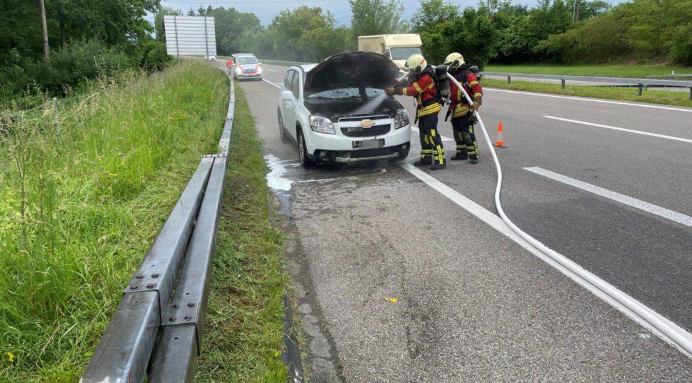 Müllheim: Motorraum in Brand geraten