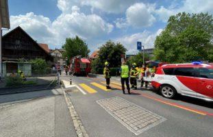 Baar ZG: Verletzte Person nach Brand in Mehrfamilienhaus