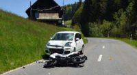 Schwarzenberg LU: Motorradfahrerin lebensbedrohlich verletzt