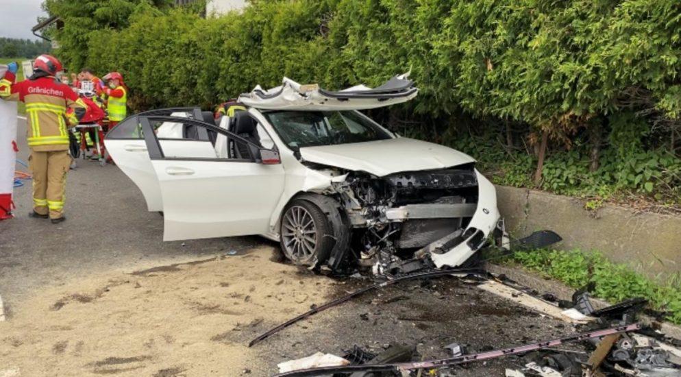 Teufenthal AG: Junglenker baut heftigen Verkehrsunfall