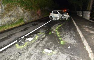 Fahrer (17) nach massivem Selbstunfall in Gersau SZ abgehauen