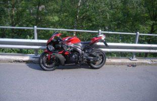 Gurtnellen UR: Motorradfahrer (20) und PW-Lenker (52) nach Verkehrsunfall verletzt