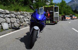 Unfall zwischen zwei Motorrädern in Urnäsch AR