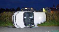 Pfeffikon LU - Kollision mit Grenzstein führt lässt Wagen abheben