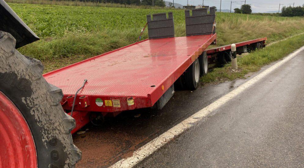 Traktorfahrer (24) bei Unfall in Zeiningen AG verletzt