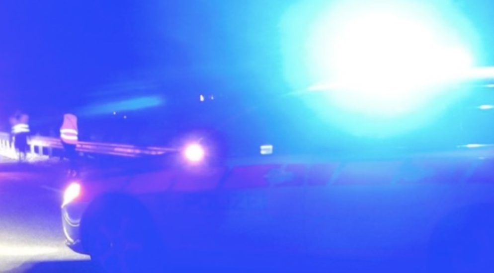 Ebnet LU - Bei Crash gegen Leitplanke lebensbedrohliche Verletzungen erlitten