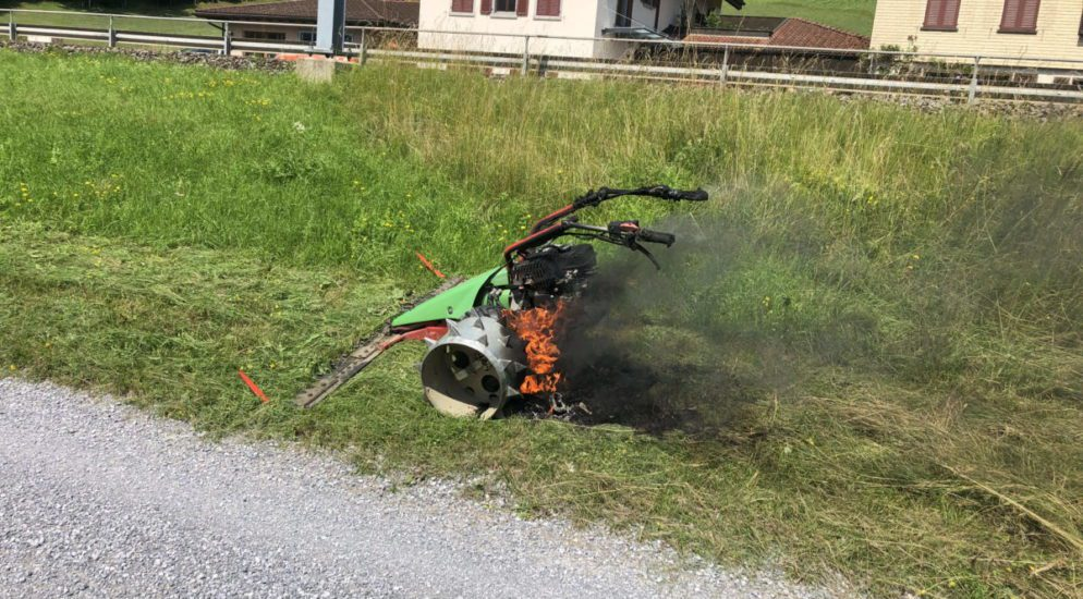 Schänis SG - Sachschaden nach Brand eines Motormähers
