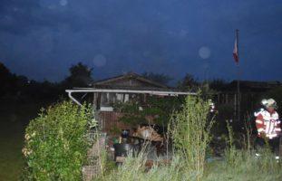 Grenchen SO - Ersthelfer nach Gartenhausbrand ins Spital gebracht