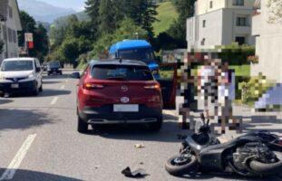 Motorrollerfahrer nach Unfall in Glarus verletzt