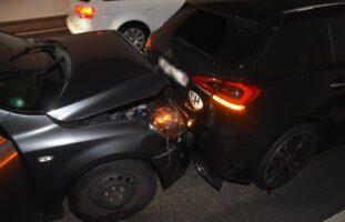 Quarten SG: Auffahrunfall mit drei involvierten Autos