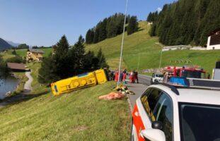 Tanklastwagen in Davos verunfallt